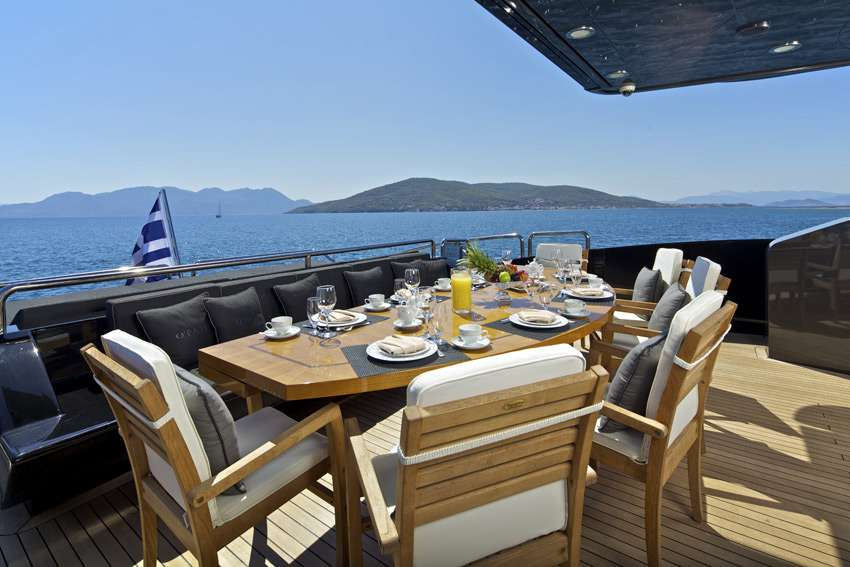 luxury cruise in Halkidiki