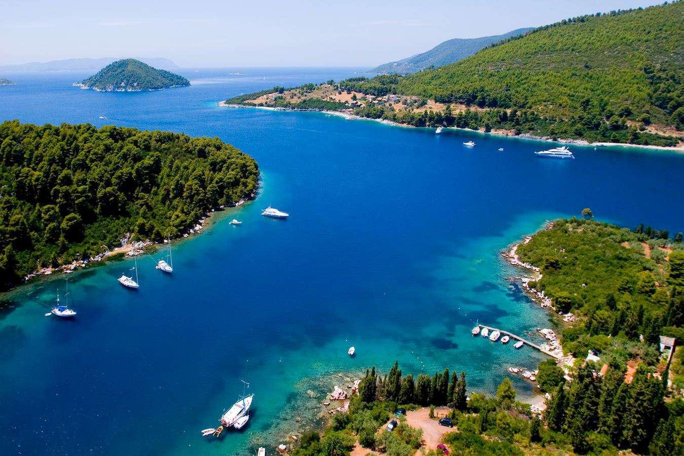 motor yachts in Skopelos