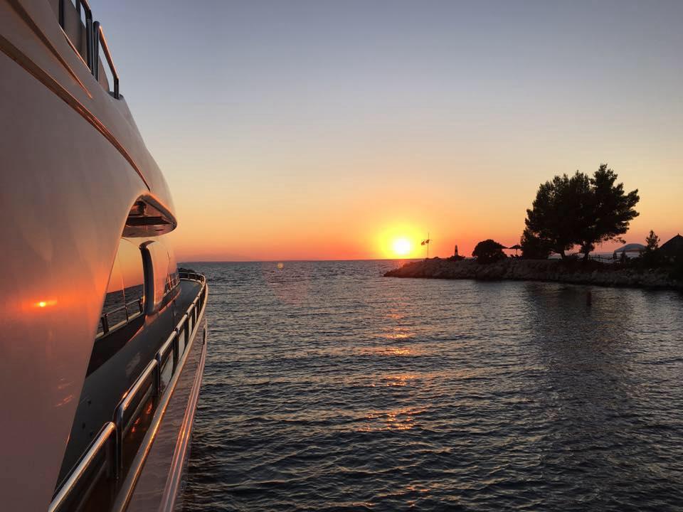 motor-yacht-suncruise-greece